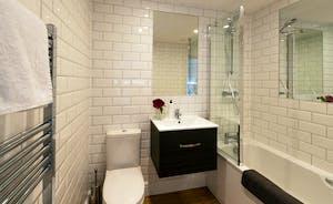 Pigertons - Bedroom 1 has an en suite bathroom with an overhead shower