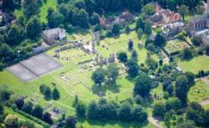 Abbey gardens next to Old School holiday properties