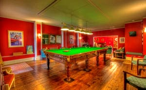 Billiard Room & Bar