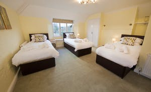 Ilbeare - Bedroom 2 is an en suite room that can have a superking and a single bed, or 3 singles