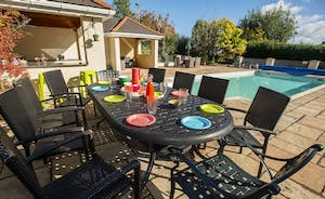 Sandfield House - Group Accommodation for 14 with a private pool and swim spa