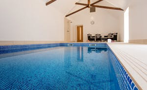 Pound Farm - Once an old farm barn, now a stunning private pool hall