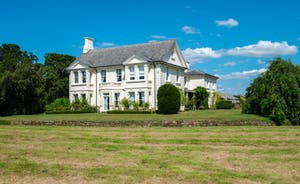 Severn Manor - A beautiful country manor house for bespoke luxury holidays, events and weddings