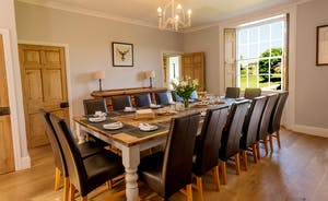 Pound Farm - A big  table for big happy dinners