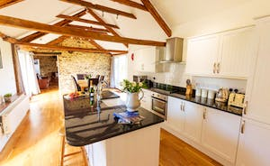 Whinchat Barns - Dippers Rest: Age old original features blend seamlessly with modern convenience