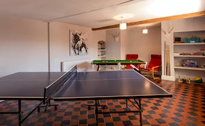 Pound Farm - Pool and table tennis in the Games Room